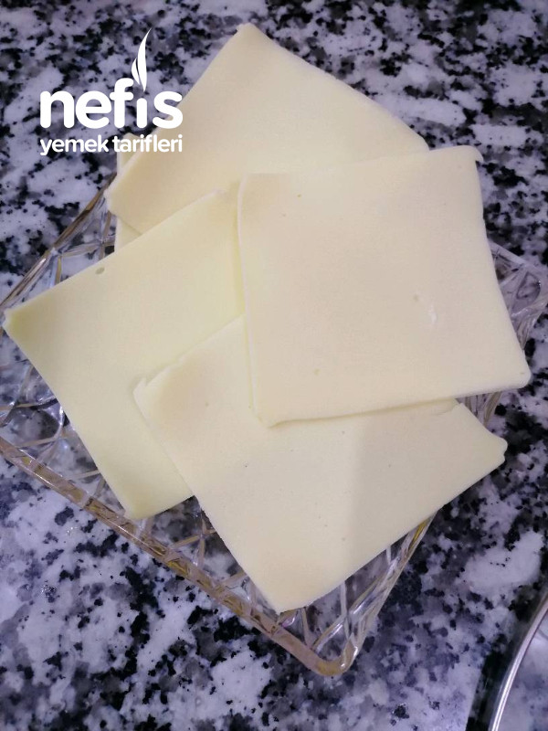 Kahvaltılık Kaşar Peynirli Omlet