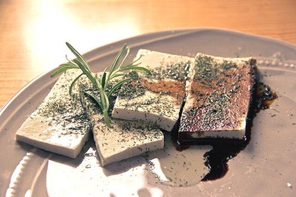 küflü tofu