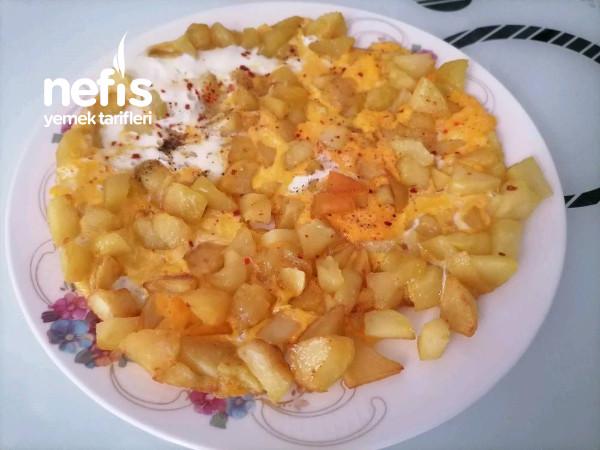 Yumurtalı Patates (Kahvaltılarınızın Vazgeçilmezi Olacak)