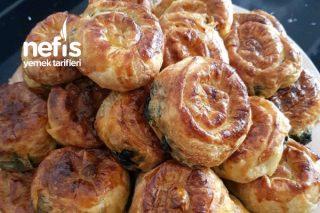 Çıtır Çıtır Ispanaklı Gül Böreği Tarifi