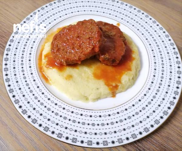 Rosto Köfte (Patates Püresi Eşliğinde)