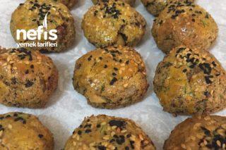 Çay Demlene Kadar Hazır Bayat Ekmek Poğaçası Tarifi