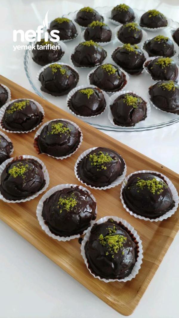 Çikolata Soslu Browni Kurabiye (Videolu Tarif)
