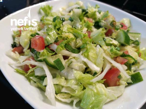 Taze Soğanlı Yeşil Salata