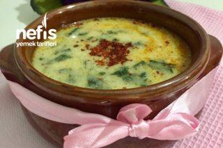Her Gün Yapmak İsteyeceğiniz Kremalı Tadında Enfes Ispanak Çorbası Tarifi
