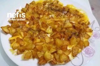 Yumurtalı Patates (Kahvaltılarınızın Vazgeçilmezi Olacak) Tarifi