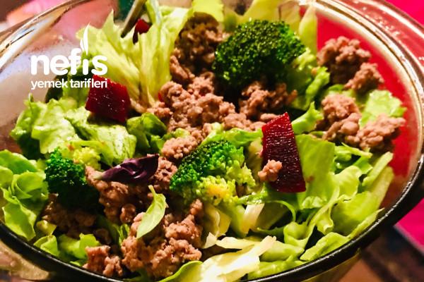Sıfır Karbonhidrat Protein Salatası Sadece 350 Kalori (Diyet Protein Tabağı)