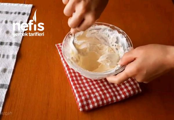 Börekçilerde Satılan Kıymalı Böreğin Orjinal Tarifi