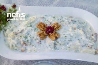 Cevizli Yoğurtlu Kereviz Salatası Tarifi