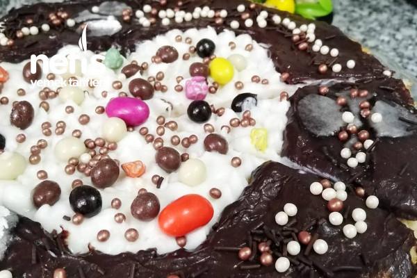 Çikolatalı Süslü Pasta