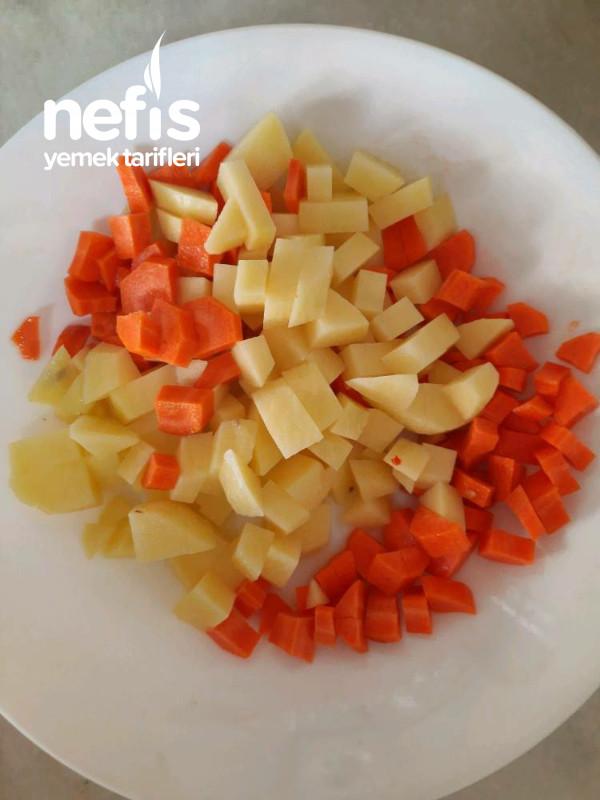 Düdüklü Tencerede Sebzeli, Erişteli Yeşil Mercimek Çorbası