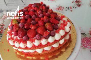 Sevgililer Gününe Özel Kalpli Pasta Tarifi