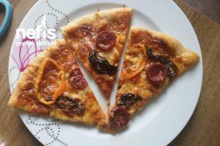 Ekşi Mayalı Tam Bugday Unlu Pizza Tarifi
