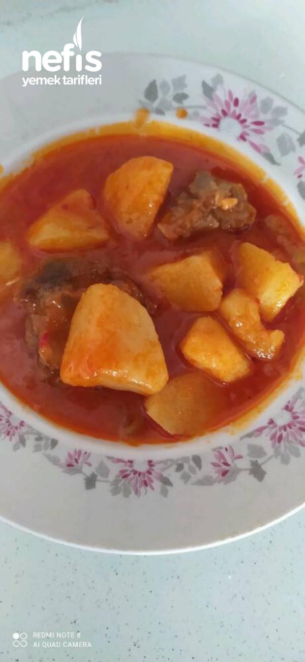 KURTARICI   Etli. Patates. Yemeği.