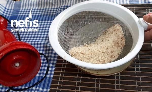 15 Dakikada Galeta Unu Yapıyoruz Bayat Ekmek Değerlendirme