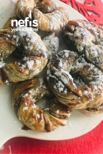 Çikolatalı Çıtır Çörek Ve Peynirli Mini Börekler (1 Paket Milföyden Tatlı Ve Tuzlu Çeşit)