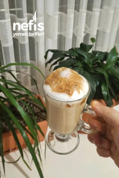 Dışarıda Kahve İçmeye Son (Dalgona Kahve)