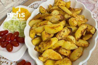 Fırında Kahvaltılık Baharatlı Patates Tarifi