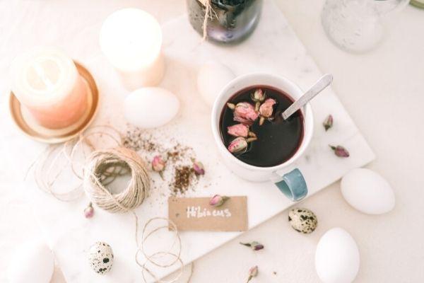 Hibiskus Çayı Faydaları, Zayıflatır Mı? Ne Zaman İçilir? Tarifi