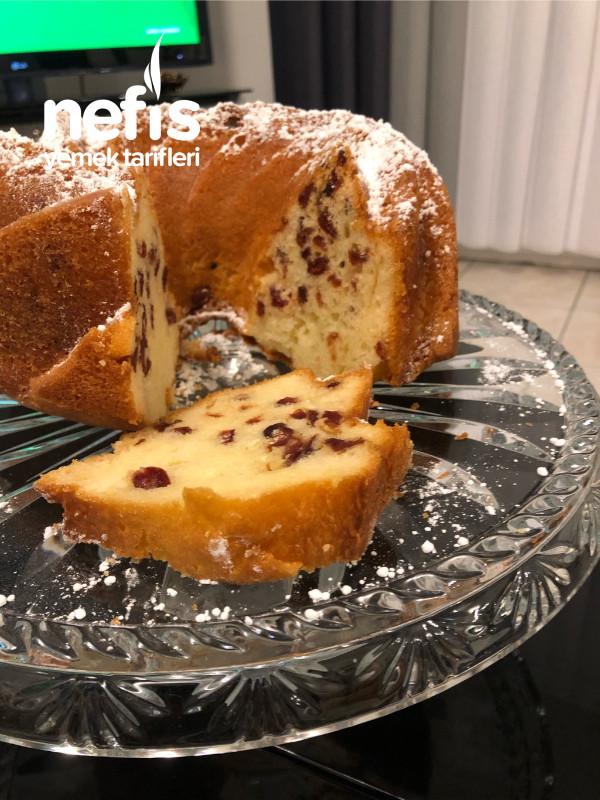Frenk üzümlü Kek ( kirmizi üzüm)