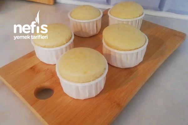 Tencerede Cupcake (1 Yumurta İle Fırınsız Enfes Sütlü Kek) (Videolu)