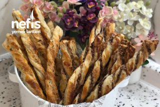 Cevizli Fındıklı Çikolatalı Ve Peynirli Milföy Çubukları Tarifi