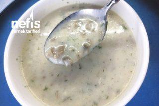 Kremasız Sütlü Mantar Çorbası  (Videolu) Tarifi