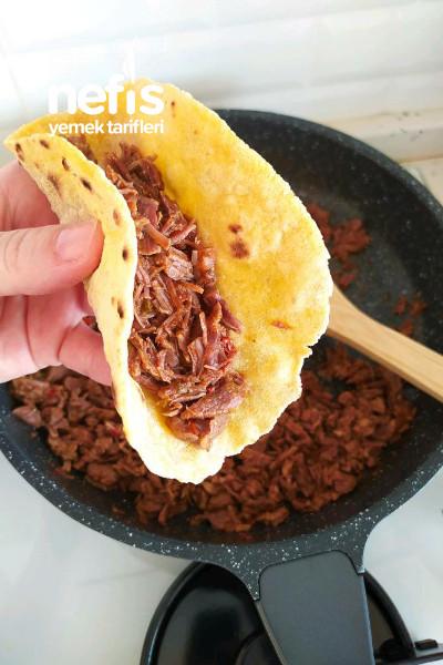 Meksika Mutfağının Geleneksel Yemeği Taco