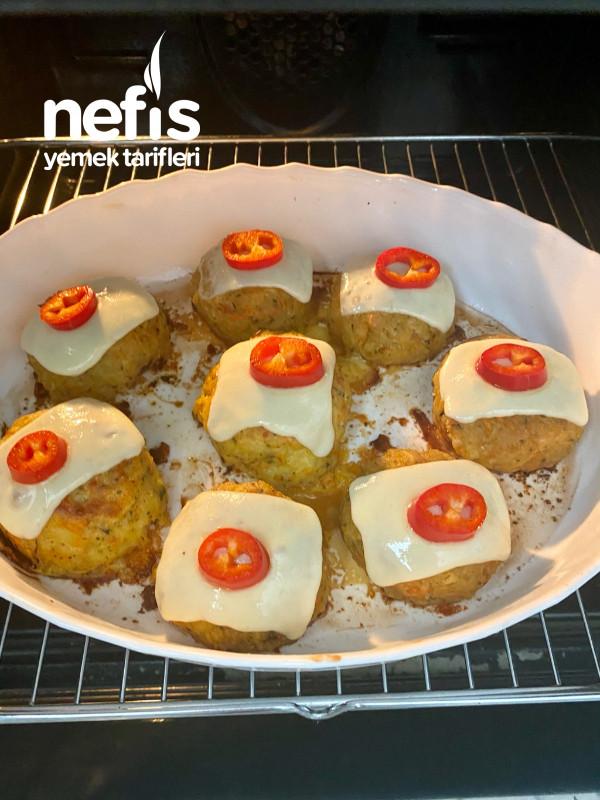 Patates kaplamalı köfte