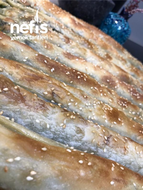 El Açması Ispanaklı Börek (Çıtır, Çıtır)