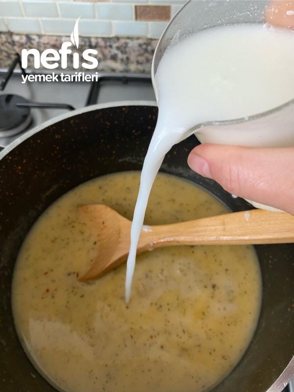 Tavuklu Bugday Çorbası