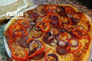 Ev Yapımı Leziz Pizza Tarifi