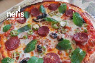 Hazır Lavaşla Pratik Pizza Tarifi