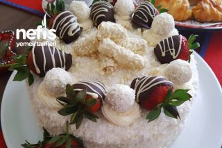 Beyaz Doğum Günü Pastası Tarifi