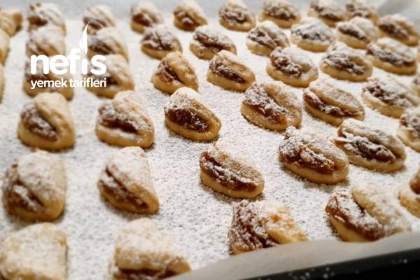 Çok Az Malzeme İle Tam 3 Tepsi Pastane Usulü Elmalı Kurabiye Tarifi (Videolu)