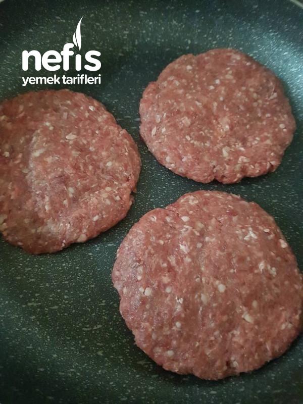 Hamburger(ekmek Ve Köfte Tarifi İle)