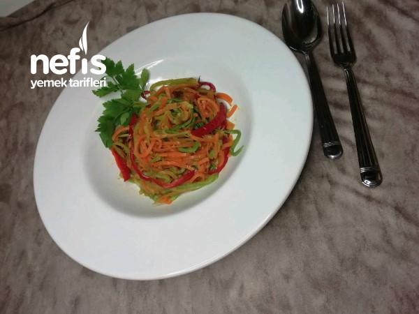 Renklerin Güzelliği !!! Sebze Spagetti