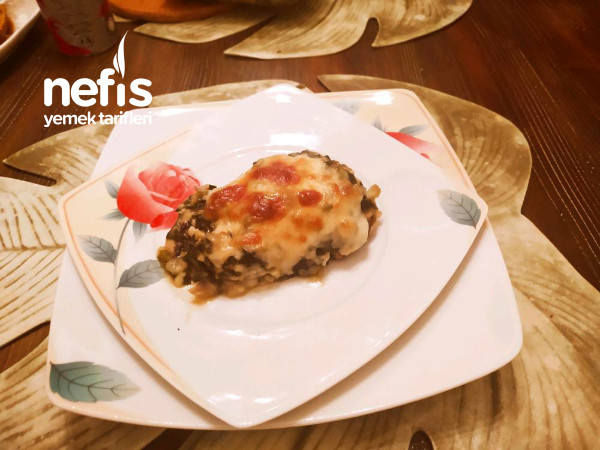 Tavuk Dolması (Ispanak +mantar +beşamel Soslu)
