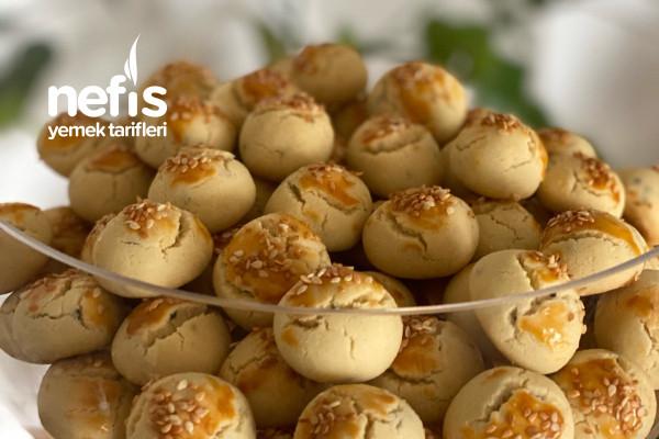 Tadına Doyamayacağınız Kıyır Kıyır Mahlepli Çörek Otlu Tuzlu Kurabiye