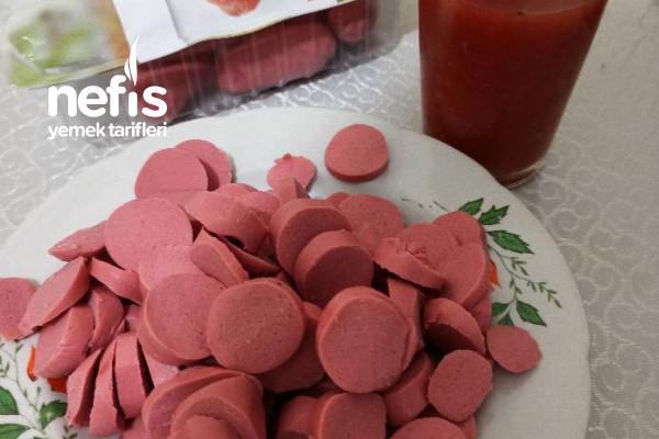 3 Malzemeyle, Peynir,Domates ve Sosisli Şahane Kahvaltım ( Videolu)