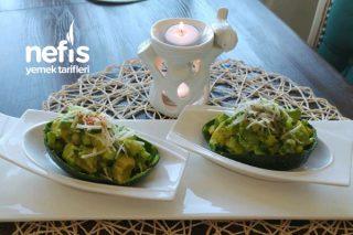 Freş Avakado Salatası Tarifi