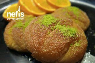 10 Dakikada Efsane Lezzet Portakallı İrmik Tatlısı Tarifi