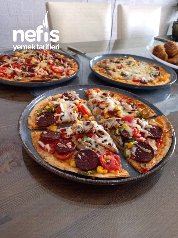 Pratik Lavaş Pizza