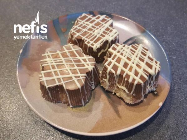 Çikolata Kaplı Tahinli Un Helvası