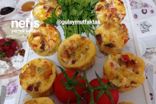 Muffin Kalıplarında Yumurta