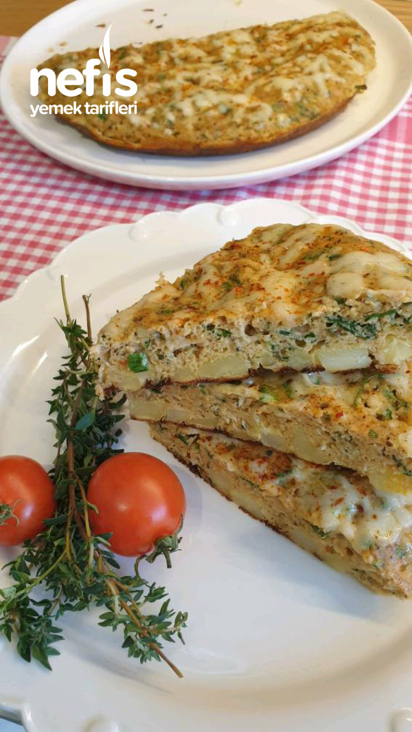 Kahvaltı İçin Nefis Patatesli Tava Böregi