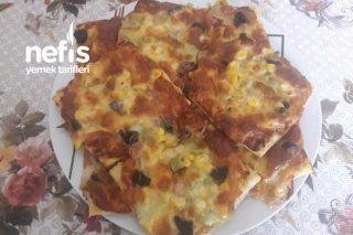 Milföy Hamurundan Kolay Pizza Tarifi