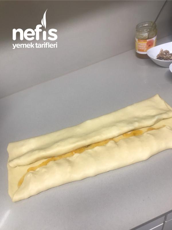 Nefis Rus Çöreği (Kayısı Marmelatlı, Cevizli, Kuru Üzümlü)