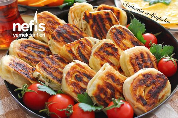 Tost Makinesinde Peynirli Rulo Dilim Börek (Pratik Ve Lezzetli) Tarifi