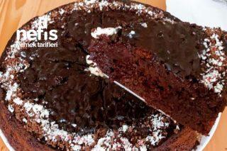 Yumuşacık Kıvamıyla Kakaolu Islak Kek Tarifi